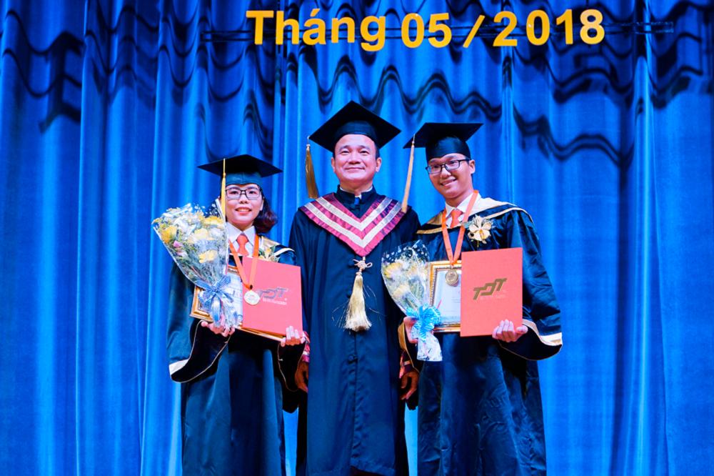 Tot-nghiep-5.png