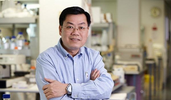 Giáo sư Nguyễn Văn Tuấn